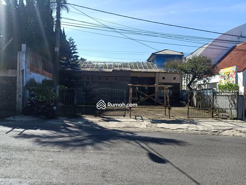 Dijual Rumah di Mainroad Lembang #96953403