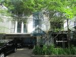 DISEWAKAN Rumah Compound 2 Lantai Ber-Gaya RESORT CCK EXPART di Pejaten Barat, Jakarta Selatan