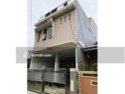 Dijual - Rumah modern minimalis dan strategis dekat masjid kubah mas di Sawangan Depok