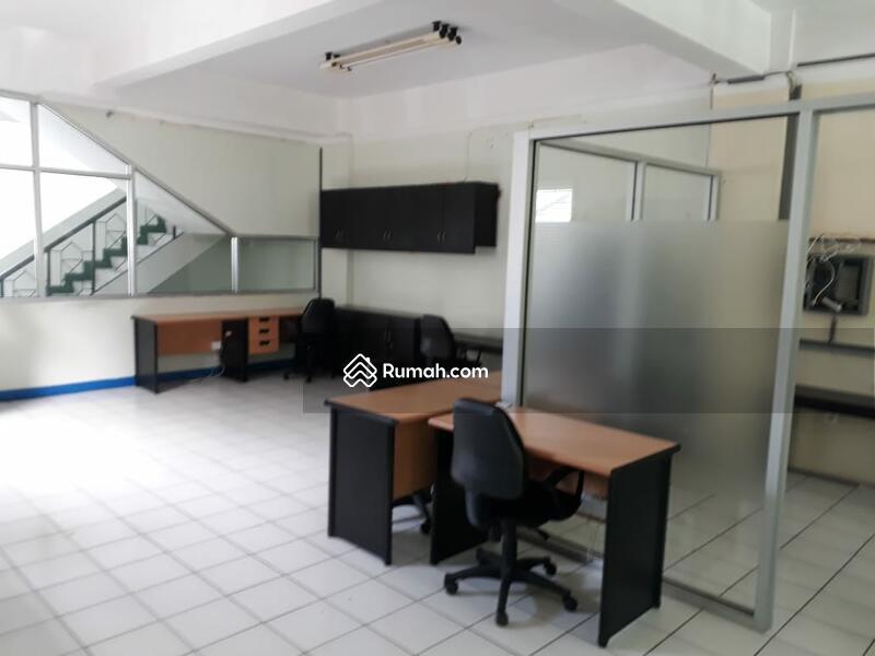 Disewakan Ruko Semi Furnished  di Ahmad Yani Balikpapan #95006505