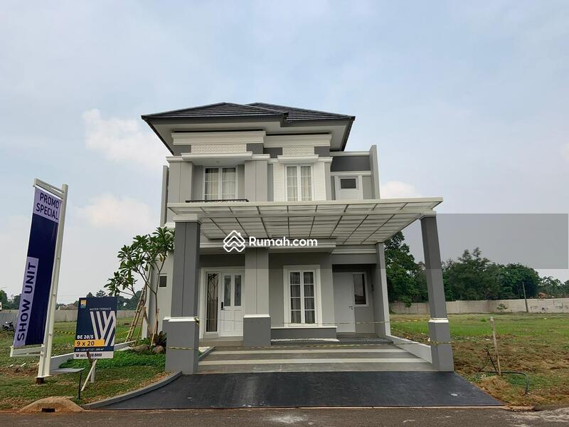 Rumah Exclusive Pool Grand Wisata Bekasi #99649149
