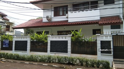 Disewa - Disewakan Rumah Hommy di Mandar Sektor 3A Bintaro Jaya Siap Huni Hoek