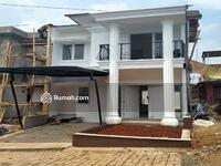 Dijual - Rumah Ekslusif Depok 2 Lantai Dekat Pintu Tol dan Mall Cinere