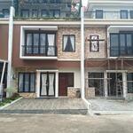 Hunian mewah pilihan  milenial afarhouse pertama di Timur jakarta
