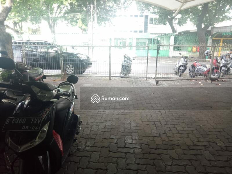 Dipasarkan cepat Kantor di daerah Tebet Jakarta Selatan #95251209