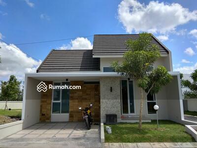 Dijual - Rumah modern Tipe 45 di Singopuran
