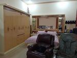 Dijual Cepat, Rumah Bagus di Cideng. Lingkungan tenang dan nyaman, sangat dekat ke Tanah Abang.