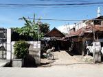 Rumah tua hitung tanah murah di Utan Kayu Jakarta Timur
