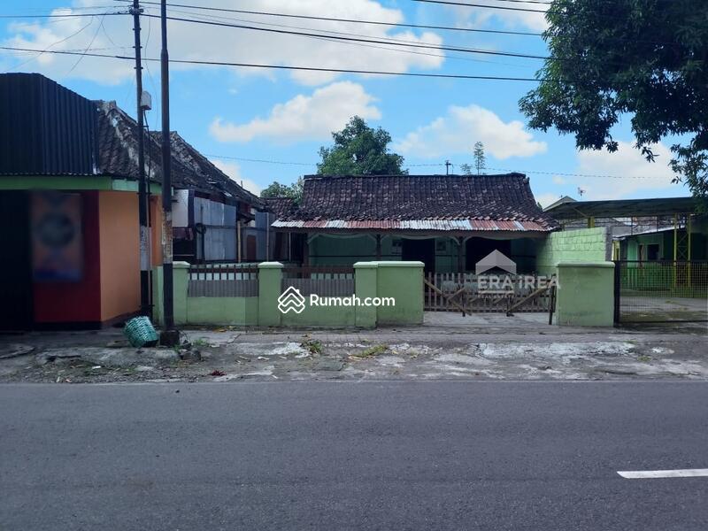 Rumah Banjarsari Surakarta #95600833