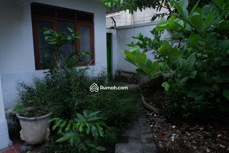 Dijual Rumah Tua Hitung Tanah Lokasi Strategis Dekat Pemkot Sukabumi #95978411