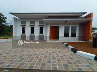 Dijual - Rumah mewah dekat jalan raya bogor DP 0% free ajb dan ppjb! SHM