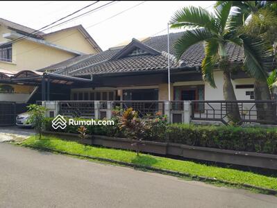Dijual - Jual Rumah Luas dan Asri di Pasir Salam Asri, Bandung.