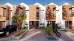 Bedahan Terrace 2 Lantai