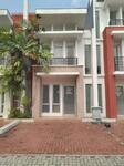 Rumah 2 Lantai Cluster Opal di Gading Serpong