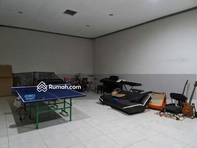 Dijual - Rumah Rahayu Jalan Utama