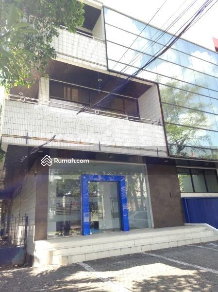 DIJUAL Gedung 4 lantai di jl. Wahid Hasyim Luas (14x40) 560 m2 Menteng Jakarta Pusat #101687767