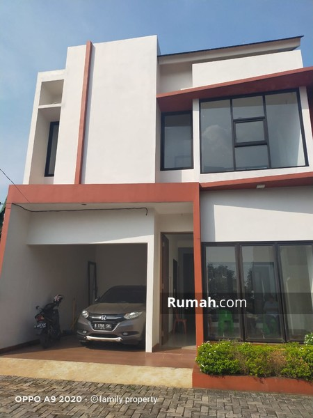 Rumah dalam Cluster di Petukangan Jakarta Selatan #96613135