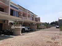 Dijual - Exclusive Town House dekat gate tol Brigif Di Jagakarsa Jakarta Selatan