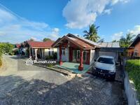 Dijual - Rumah type 120/300 m di jalan Kelapa
