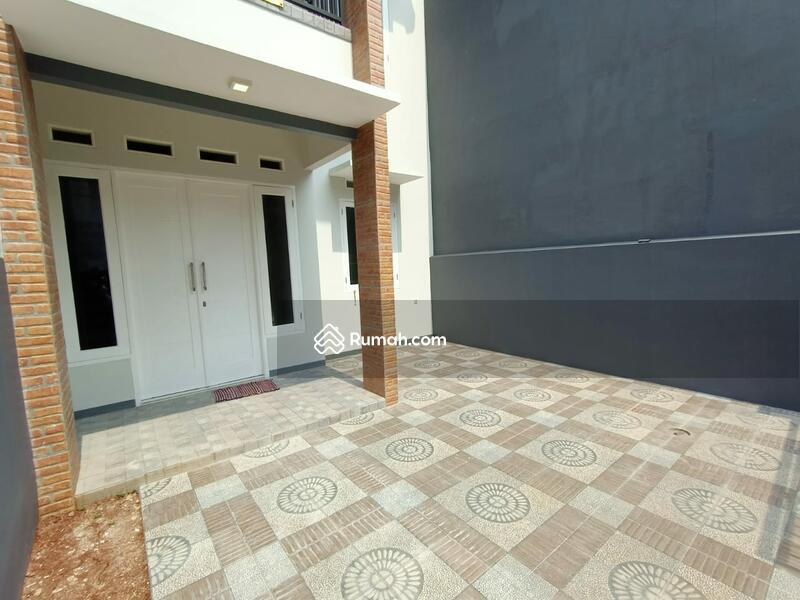 Rumah baru Termurah 2lt kamar 3 dkt jl raya Kodau jati mekar Pondok Gede - etty 08993334194