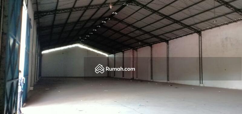 Disewakan Gudang Loss 944 m2, lantai cor, pintu tinggi, di Jl Gajahmada, Mojosari, Mojokerto #97364443