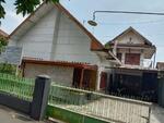 (Ysm) Rumah Tengah Kota Situbondo