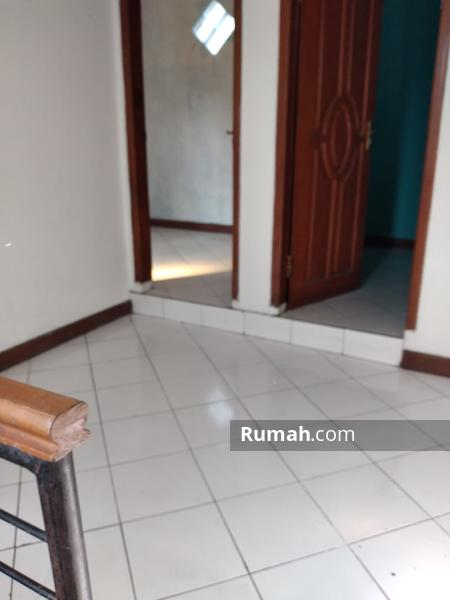 Rumah second 2 lantai Cipamokolan Bandung timur #97750863