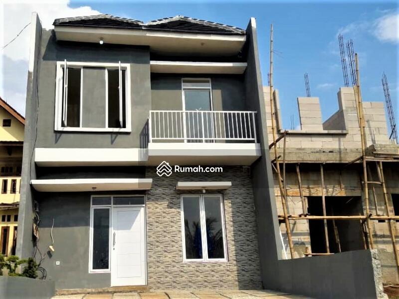 Rumah Dua Lantai Design Super Mewah Cukup Booking 1 Jt Rupiah #104295441