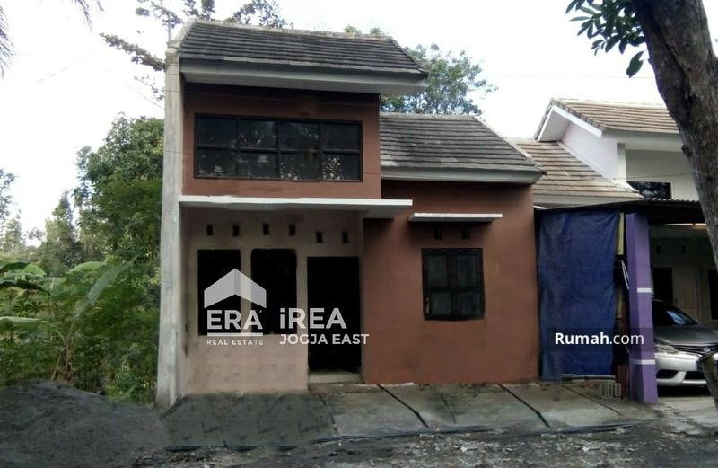 Rumah Bangunjiwo Kasihan Bantul #97873717