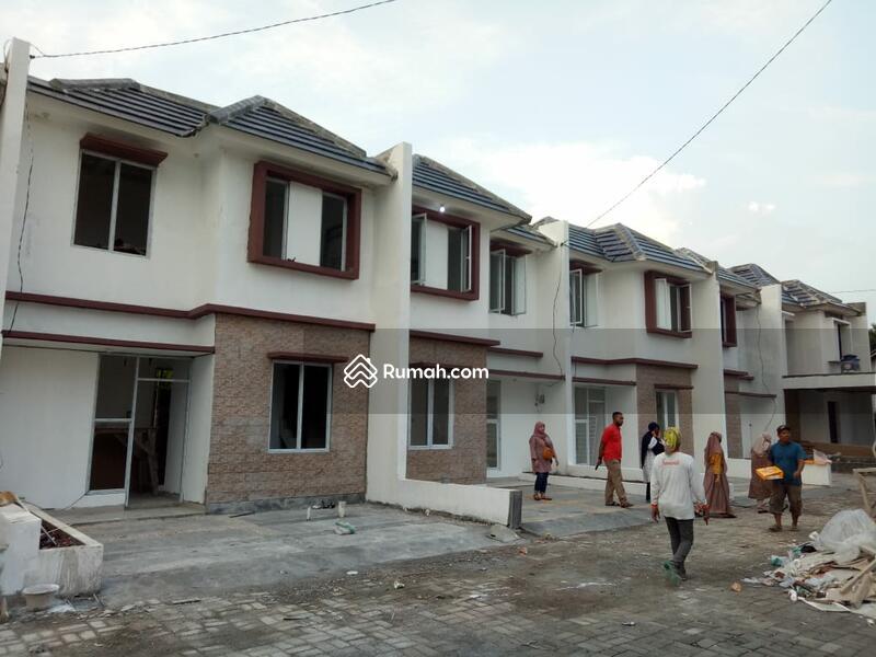 Selangkah dari Pusat Kabupaten Bogor Rumah Dua Lantai #97917643