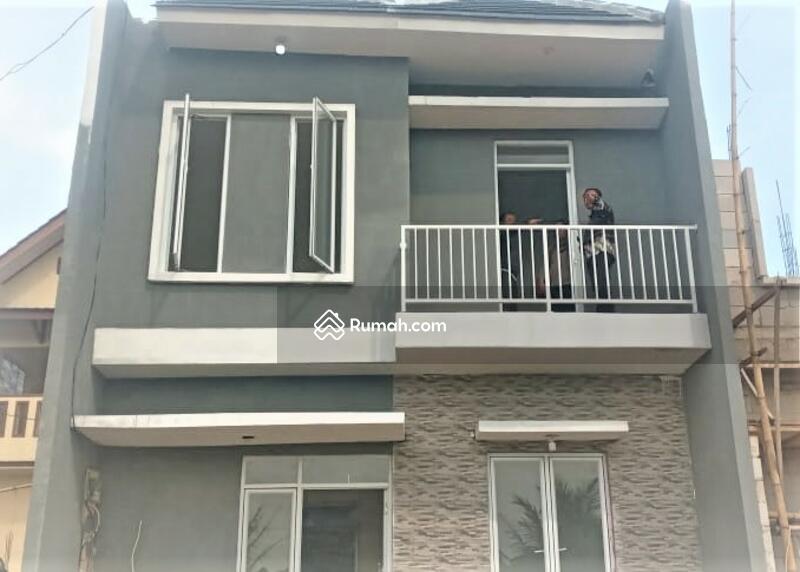 Rumah Sejuk Minimalis Di Raden Cibinong Property Free Design , Disc. 30 Jt #102055315