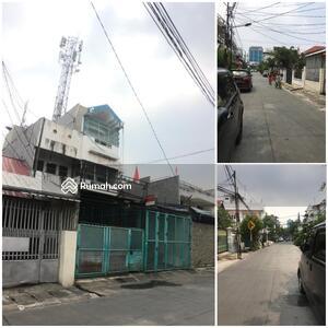 Dijual - 2 rumah di jalan Talib raya Jakarta barat