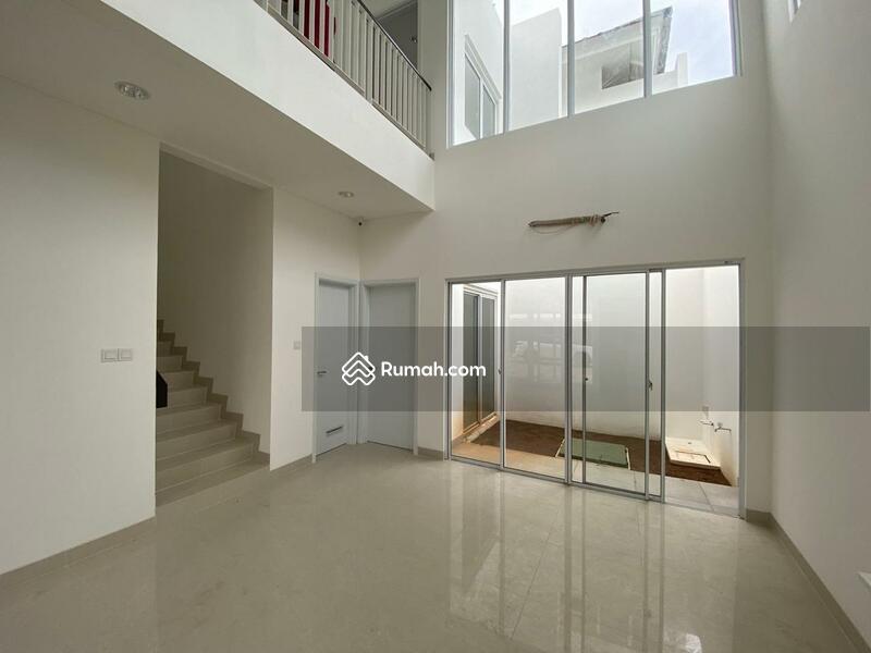 Rumah siap huni Riviera Puri, Brand New 3 kmr tdr, 2 lantai #98191967