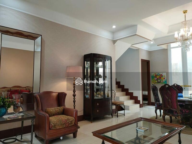 Dijual rumah mewah di Kavling Marinir Pondok Kelapa #98309111