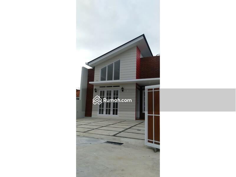 Rumah Cantik Free Design Cluster ARCAMANIK #107494479