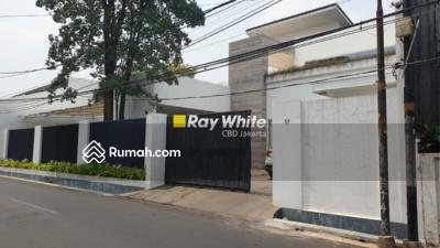 Dijual - Rumah Bagus di Jl. Mampang Prapatan XIV