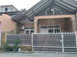 Rumah dijual di Pondok Ungu Permai