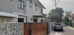 Dijual rumah cantik di pesanggrahn jakarta selatan
