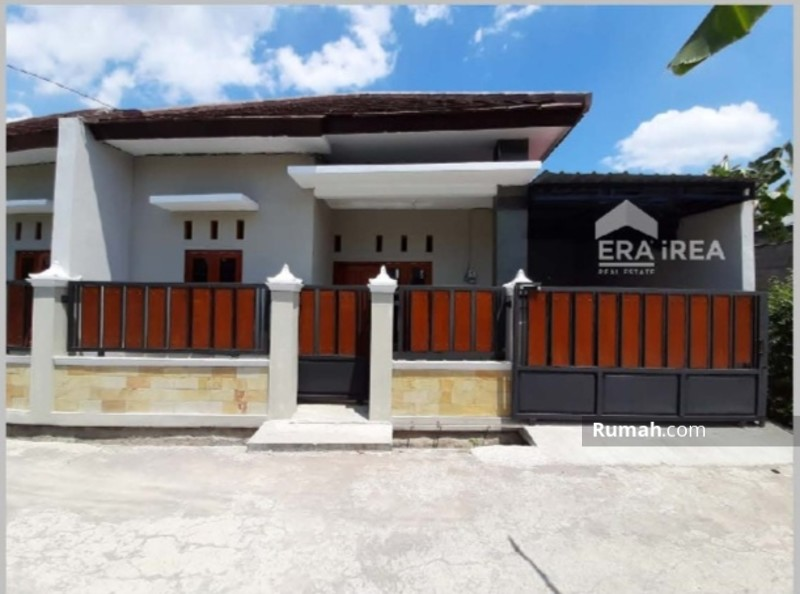 Rumah Murah Solo Colomadu #98392433