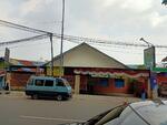 Rumah di jalan kisamaun  Cocok buat usaha kuliner dekat dengan kuliner pasar lama
