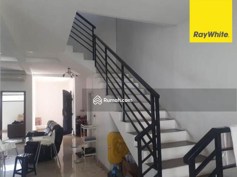Dijual Cepat Rumah 2 lantai Minimalis siap huni #98432577
