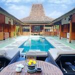 Villa komplek style joglo di Canggu Bali