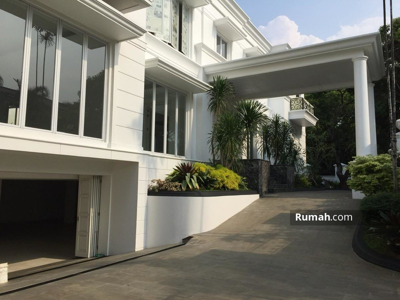 Rumah Exclusive Pondok Indah with Private Lift #98486371