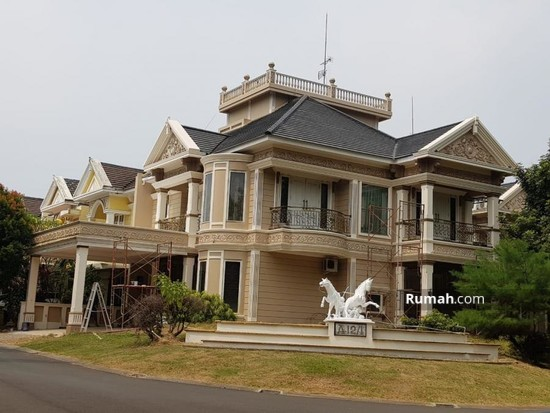 Rumah Di Victoria River Park Bsd City 2 5 Lantai Desain Rumah Klasik Bsd Tangerang Banten 5 Kamar Tidur 300 M Rumah Dijual Oleh Irwan Rp 5 M 17667386