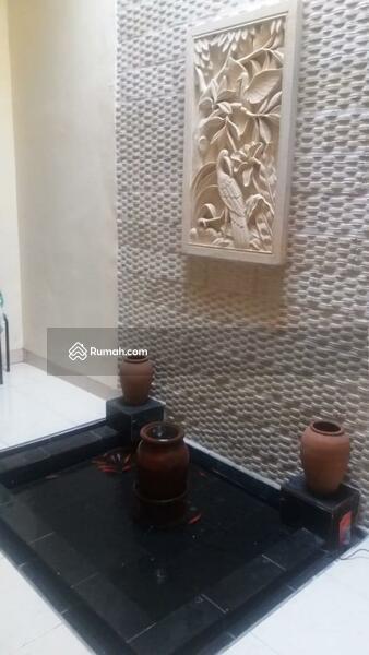 Tamansari Puri Bali #98670427
