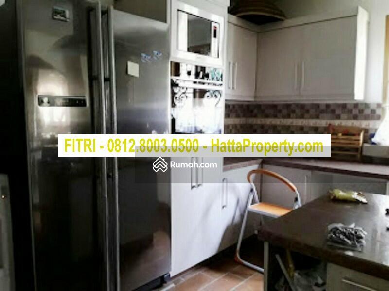 EROPA PUNYA GAYA! Rumah Cantik Dekat Tol Sawangan Depok #98698977