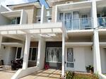 Dijual Rumah 2 Lantai Dekat TOL Jatiasih