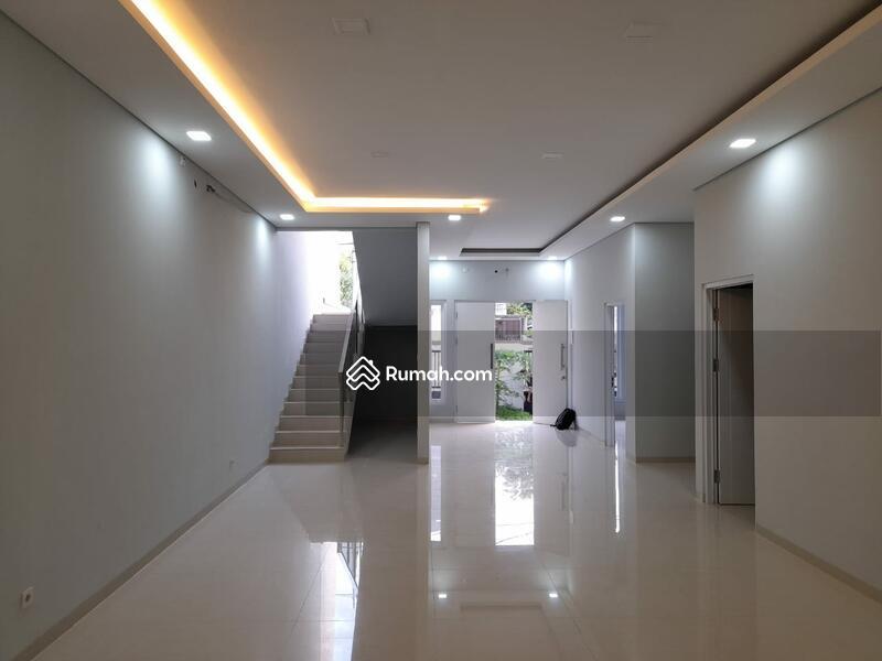 Rumah Baru Pulomas, Lingkungan Nyaman, Nego Sampai Deal #98827873