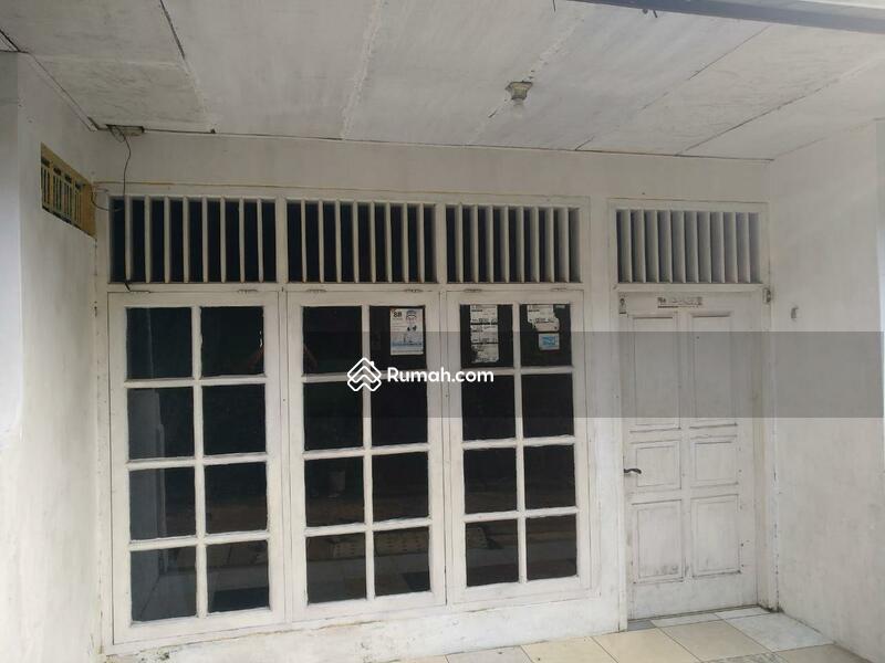 Rumah Seken 5 Kamar Lokasi Strategis di Jatinegara Kaum Pulogadung #98878127