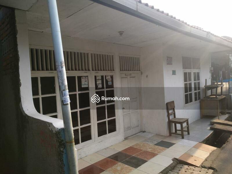 Rumah Seken 5 Kamar Lokasi Strategis di Jatinegara Kaum Pulogadung #98878131